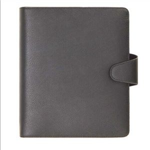 NWOT A5 LEATHER PERSONAL PLANNER JET BLACK